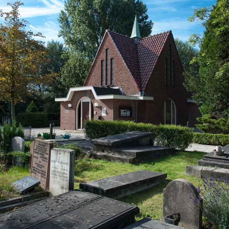 begraafplaats-diemen-rustoord-oud-kapel-aula-graven