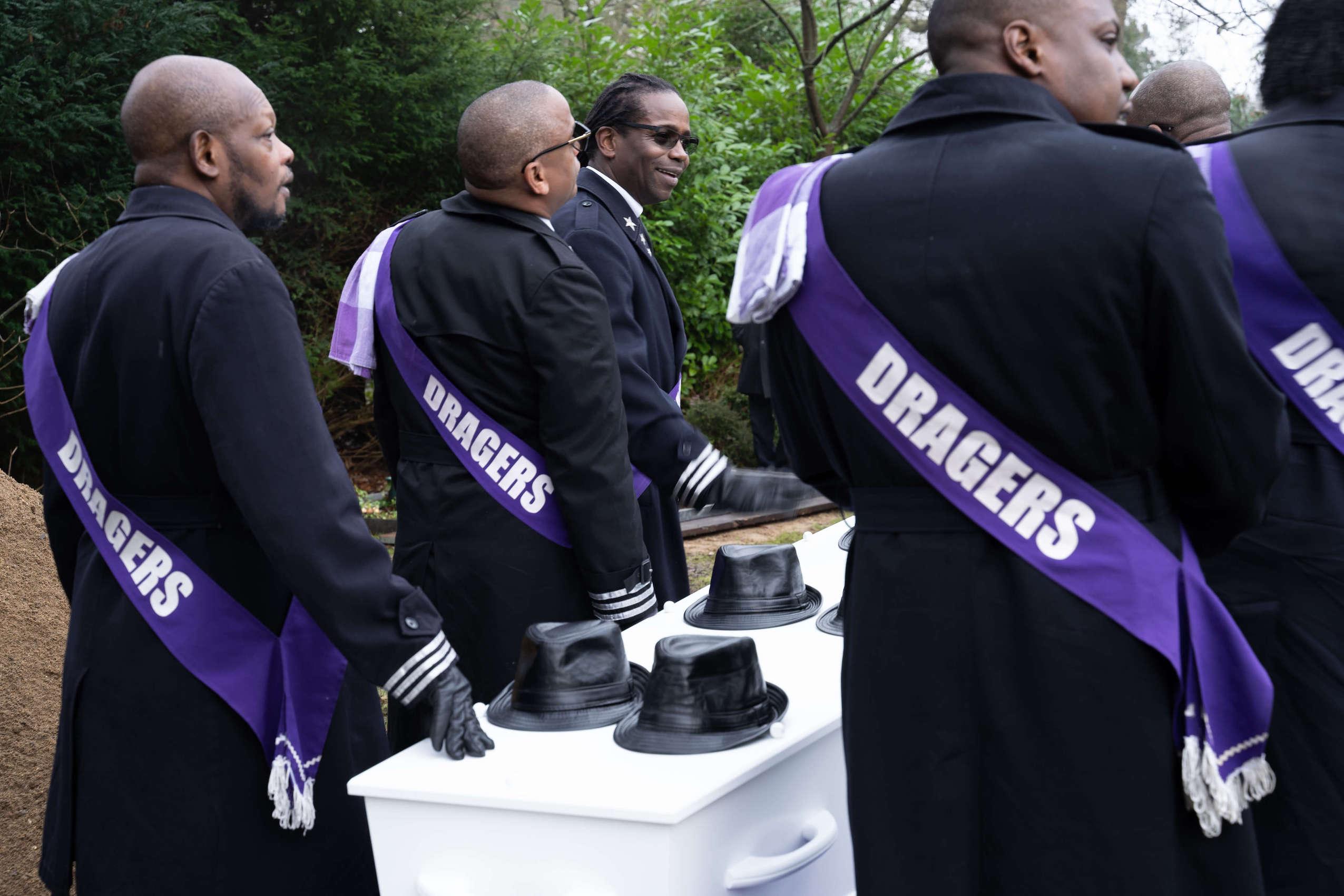 wikandoe-surinaamse-begrafenis